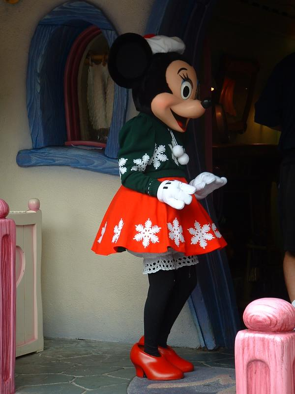 Christmas Minnie Mouse Disneyland.Rob And Jo In The Usa Minnie Mouse In Christmas Gear